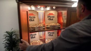 Pizza Hut TV Spot, 'Game Day Prep' Featuring Kirk Herbstreit - Thumbnail 6
