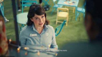 AT&T Wireless TV Spot, 'Todos obtienen ofertas en iPhone' [Spanish] - Thumbnail 2