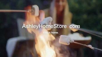 Ashley HomeStore TV Spot, 'Spice Up the Season' - Thumbnail 8