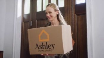 Ashley HomeStore TV Spot, 'Spice Up the Season' - Thumbnail 2