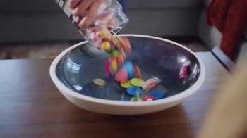 Ashley HomeStore TV Spot, 'Spice Up the Season' - Thumbnail 3