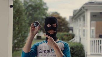 SimpliSafe Wireless Outdoor Security Camera TV Spot, 'Robbert: Extra Layer'