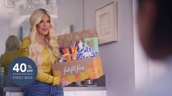 FabFitFun TV Spot, 'Celebrate Yourself: 40%' Featuring Tori Spelling, Song by L.M. Styles - Thumbnail 4