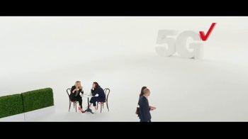 Verizon Business TV Spot, 'Dog Grooming Business: iPhone 13 Pro' Featuring Kate McKinnon - Thumbnail 1