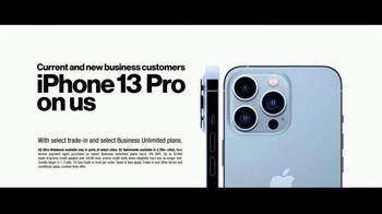 Verizon Business TV Spot, 'Dog Grooming Business: iPhone 13 Pro' Featuring Kate McKinnon - Thumbnail 9