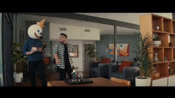 Jack in the Box Tiny Tacos TV Spot, 'Mini versiones' con Oscar Miranda [Spanish] - Thumbnail 1