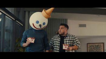 Jack in the Box Tiny Tacos TV Spot, 'Mini versiones' con Oscar Miranda [Spanish] - Thumbnail 4