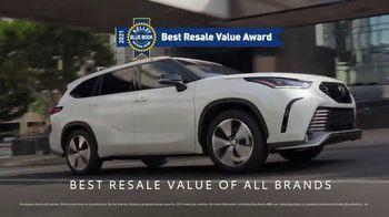 Toyota TV Spot, 'Dear America: Resale Value' [T2] - Thumbnail 3