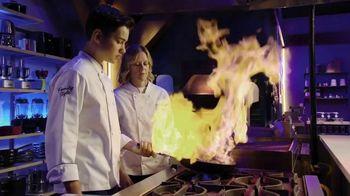 Peacock TV TV Spot, 'Top Chef: Family Style' - Thumbnail 3