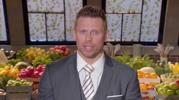 Peacock TV TV Spot, 'Top Chef: Family Style' - Thumbnail 8