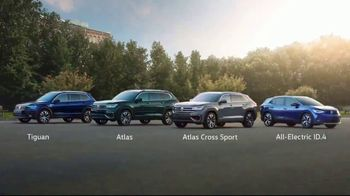 Volkswagen TV Spot, 'Raccoons: SUVs' [T2] - Thumbnail 8