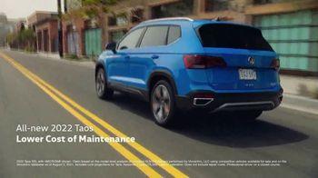 2022 Volkswagen Taos TV Spot, 'Raccoons: Taos' [T2]