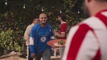 Hyundai Tucson TV Spot, 'Sábado futbolero: A BBQ with rivals' [Spanish] [T1] - Thumbnail 5
