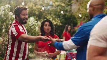 Hyundai Tucson TV Spot, 'Sábado futbolero: A BBQ with rivals' [Spanish] [T1] - Thumbnail 6