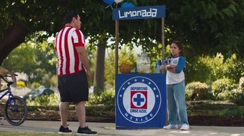 Hyundai Tucson TV Spot, 'Sábado futbolero: When Lemonade Is Not for Sale' [Spanish] [T1] - 35 commercial airings