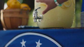 Hyundai Tucson TV Spot, 'Sábado futbolero: When Lemonade Is Not for Sale' [Spanish] [T1] - Thumbnail 3