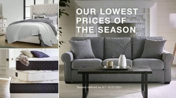 Macy's Labor Day Sale TV Spot, 'Sofa, Queen Bed and Free Adjustable Base'