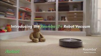 iRobot Roomba j7+ TV Spot, 'Sleeping Bears'