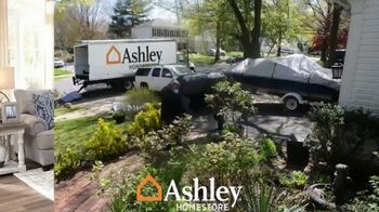 Ashley HomeStore Labor Day Sale TV Spot, 'Extended: 60% Off and Free Delivery' - Thumbnail 4