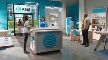 AT&T Wireless TV Spot, 'Lily Rotating Sign + Samsung Galaxy Z Fold3 5G' - Thumbnail 6