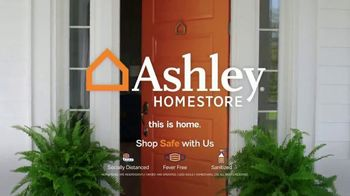 Ashley HomeStore Labor Day Sale TV Spot, 'Ends Monday: 30% Off, Queen Bed and 0% Interest' - Thumbnail 7