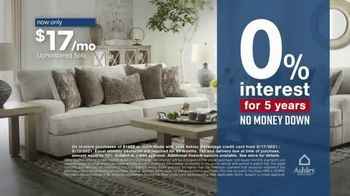 Ashley HomeStore Labor Day Sale TV Spot, 'Ends Monday: 30% Off, Queen Bed and 0% Interest' - Thumbnail 6
