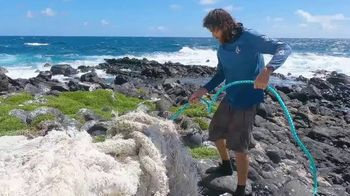 4ocean TV Spot, 'Hawaiian Coral Reef Bracelet' Song by Staffan Carlén - Thumbnail 6