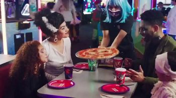 Chuck E. Cheese's Halloween Boo-Tacular TV Spot, 'Limited Free Game Play & New Shows' - Thumbnail 8