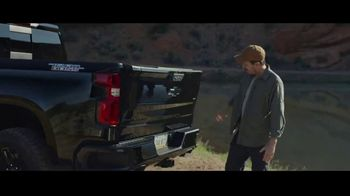 2021 Chevrolet Silverado TV Spot, 'Cat' Song by Harry McClintock [T1] - Thumbnail 4