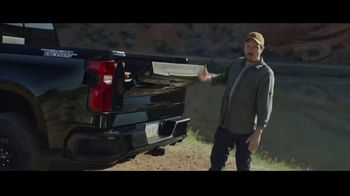 2021 Chevrolet Silverado TV Spot, 'Cat' Song by Harry McClintock [T1] - Thumbnail 6