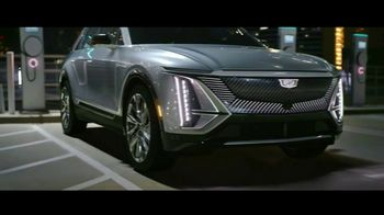 Cadillac LYRIQ TV Spot, 'Iluminando el camino' canción de DJ Shadow, Run the Jewels [Spanish] [T1] - Thumbnail 3