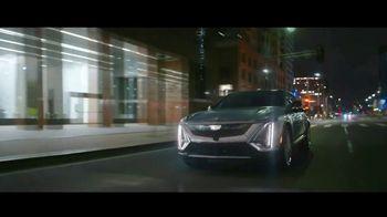 Cadillac LYRIQ TV Spot, 'Iluminando el camino' canción de DJ Shadow, Run the Jewels [Spanish] [T1] - Thumbnail 7