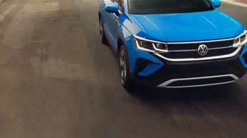 2022 Volkswagen Taos TV Spot, 'Raccoons: Taos' [T2] - Thumbnail 5