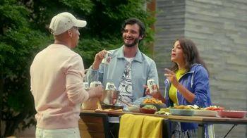 Miller Lite TV Spot, 'Bodega' con J Balvin [Spanish] - Thumbnail 7