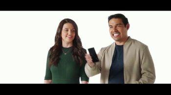 Verizon TV Spot, '$500 dólares para cambiarte: Samsung Galaxy Z Flip3' [Spanish]