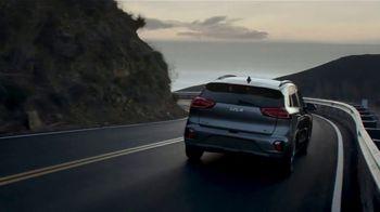 2022 Kia Niro EV TV Spot, 'Ends of the Earth' [T2] - Thumbnail 6