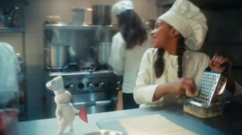 Pillsbury Crescents TV Spot, 'Busy Kitchen'