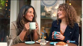 Crest 3D White Brilliance TV Spot, 'Sonrisa brillante' [Spanish] - Thumbnail 2
