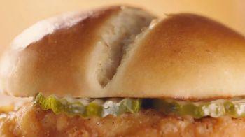 McDonald's Crispy Chicken Sandwich TV Spot, 'No hay comida en casa que valga' [Spanish] - Thumbnail 1