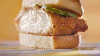 McDonald's Crispy Chicken Sandwich TV Spot, 'Perfect Ratio' - Thumbnail 5