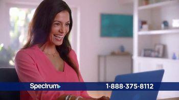 Spectrum Mi Plan Latino TV Spot, 'Tus shows favoritos' con Gaby Espino [Spanish] - Thumbnail 7