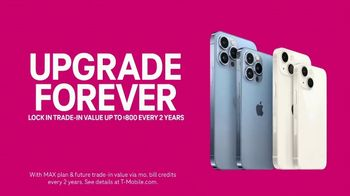 T-Mobile TV Spot, 'Proposal: iPhone 13 Pro Forever' Song by Rick Astley - Thumbnail 10