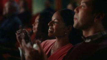 Pillsbury Grands! Cinnabon Cinnamon Rolls TV Spot, 'Magic Show' - Thumbnail 2
