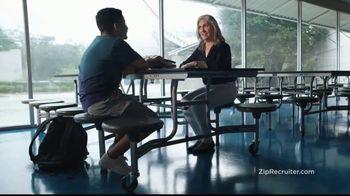 ZipRecruiter TV Spot, 'Mia' - Thumbnail 7
