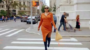Rent the Runway TV Spot, 'The World Is Your Runway' - Thumbnail 8
