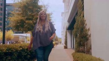 Chic Soul TV Spot, 'Fashion to Flatter' - Thumbnail 5
