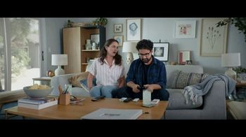 Spectrum Guide TV Spot, 'Finding Your Shows' - Thumbnail 2