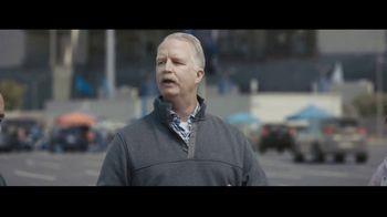 Progressive TV Spot, 'Dr. Rick: Tailgate' - Thumbnail 5