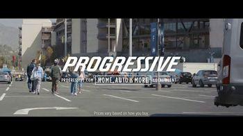 Progressive TV Spot, 'Dr. Rick: Tailgate' - Thumbnail 9