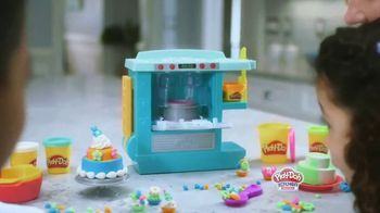 Play-Doh Kitchen Creations Rising Cake Oven Playset TV Spot, 'Ding' - Thumbnail 3